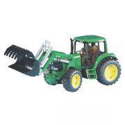 Traktor John Deere 6920 z ładowaczem
